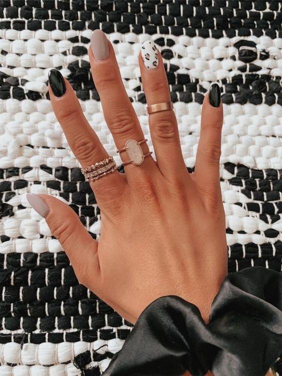 almond nail designs 2021 17