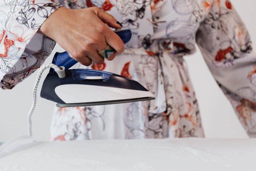 Zero Damage Guide To Washing a Silk Pillowcase  – Make It Easy